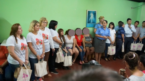 Contribuir desde el acompañamiento a la reinserción social de cada mujer
